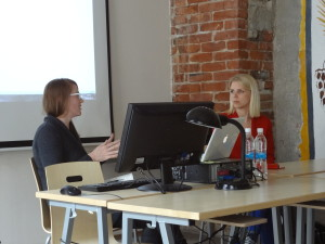 Karin Laansoo in conversation with Gallerist Tanja Wagner from Berlin. Tallinn, 27 May 2013. Photo by Kadri Laas